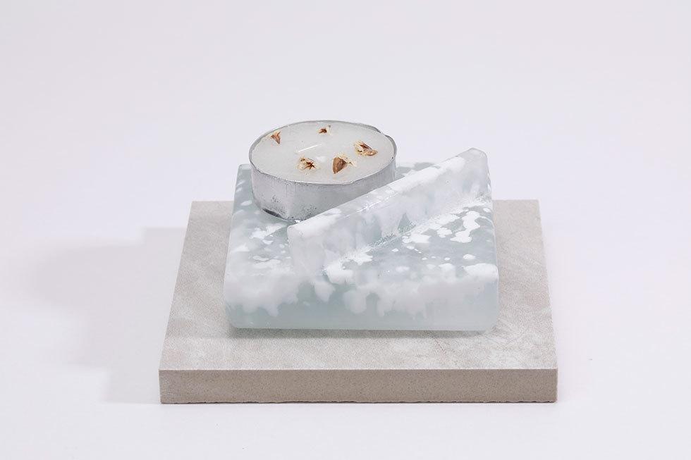 Aroma tray