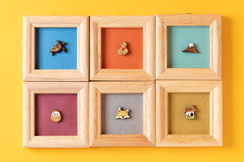(上段左より)ウミガメ / ひょうたん / 赤富士 /(下段左より)金だるま / タロウ(茶柴) / 家