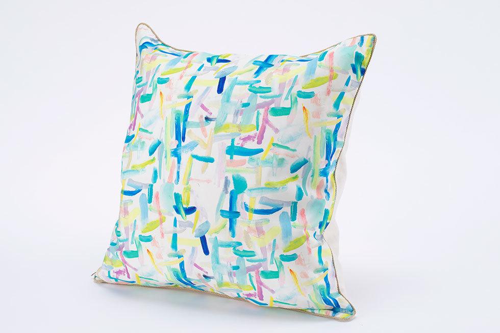 クッションカバー<br>※桂川美帆がデザインした、藝大アートプラザ・ユニフォームの布地を使用。