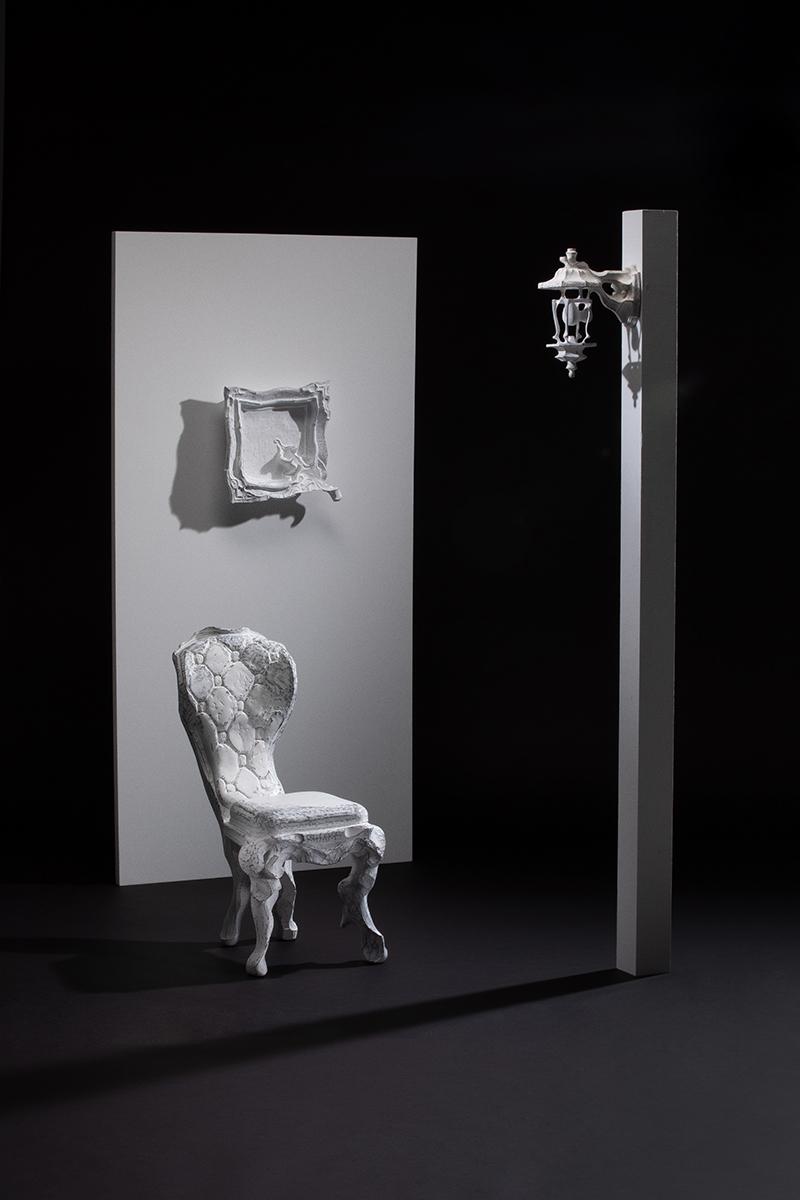 chair (写真下) / egg (写真右) / frame-warp- (写真左上)
